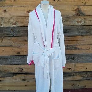 ♡ NWOT VICTORIA'S SECRET robe
